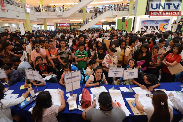 FILE PHOTO: Job fair organized by Deparment of Labor and Employment (DOLE) Ritchie Tongo\ Photoville International